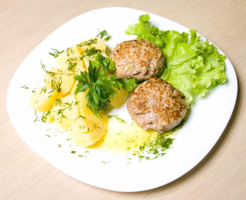 Hamburger et pomme de terre photo libre de droits
