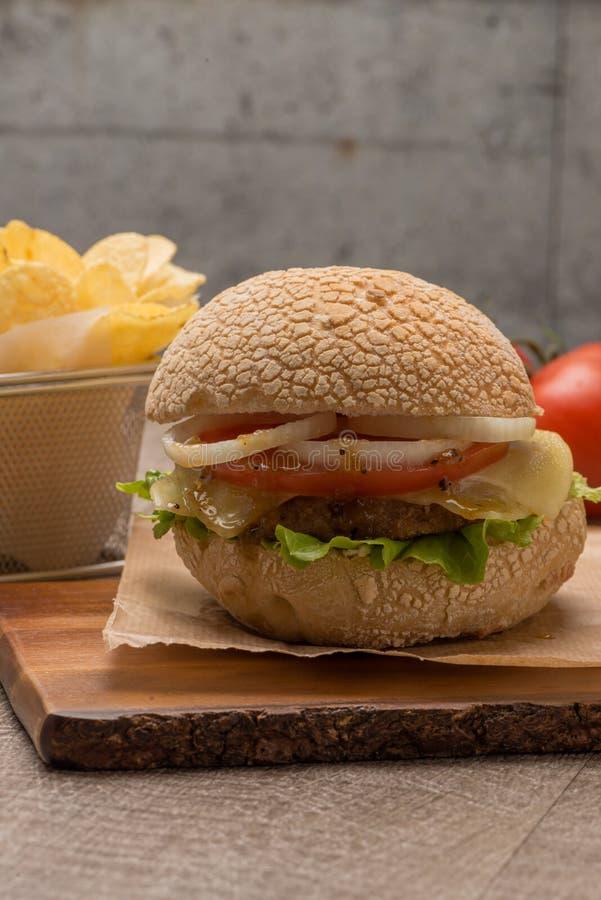 Download Hamburger Fait Maison De Veggie Image stock - Image du assortiment, texturisé: 76090461