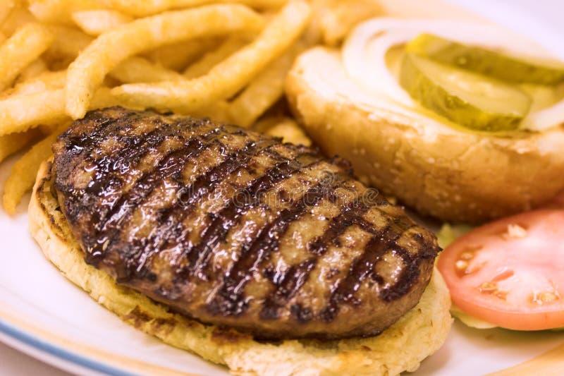 Hamburger grillé photographie stock