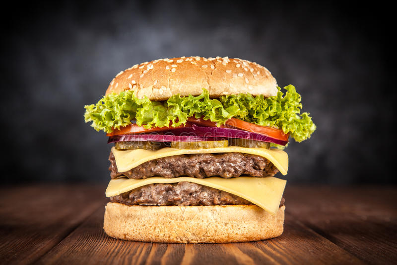Hamburger grillé délicieux photo stock
