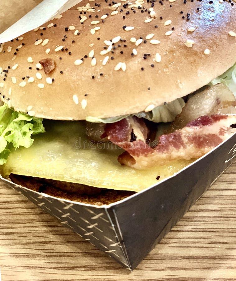 Hamburger groß stockbild