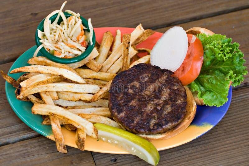 Hamburger, Slaw en Gebraden gerechten royalty-vrije stock afbeelding