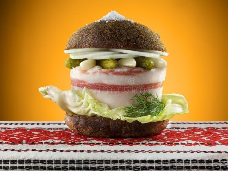 Hamburger ucraino con lardo fotografia stock libera da diritti