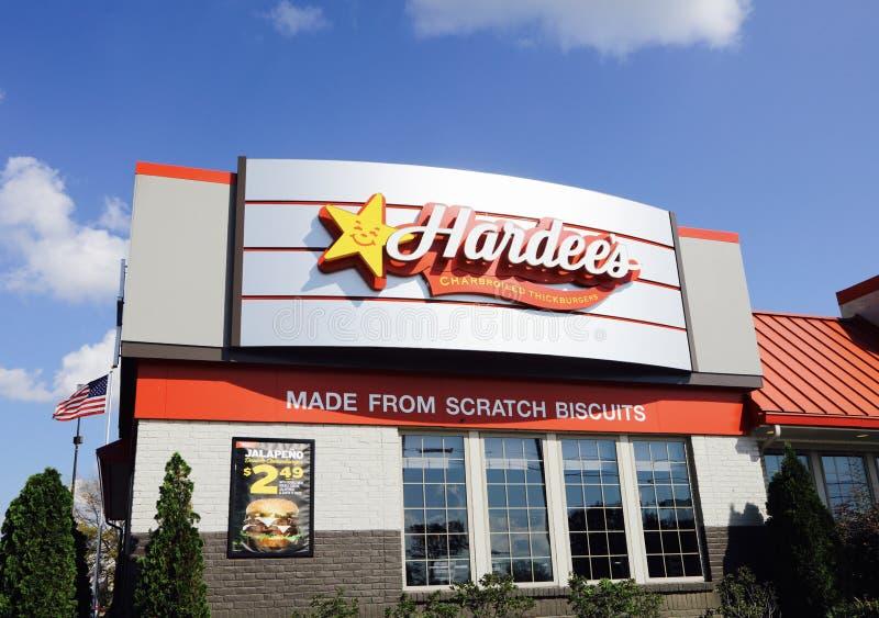Hamburgers du ` s Charbroiled de Hardee photos libres de droits