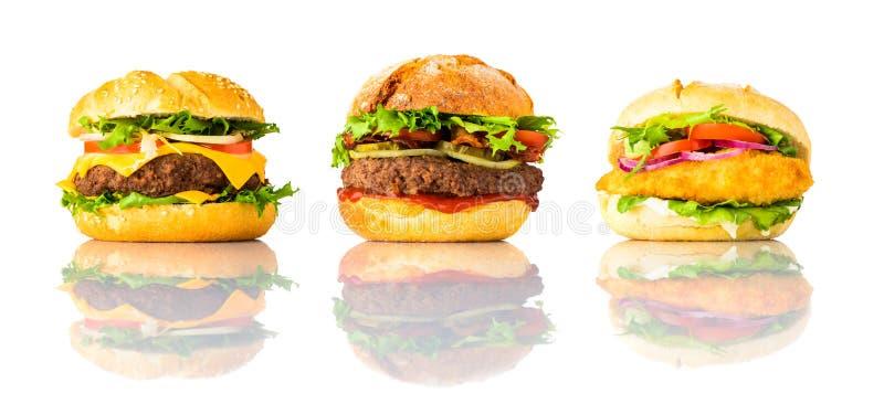 Hamburgeru, Cheeseburger i kurczaka hamburger na Białym tle, obrazy stock
