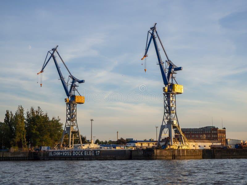 Hamburgo, Alemania El puerto y los astilleros fotografía de archivo libre de regalías