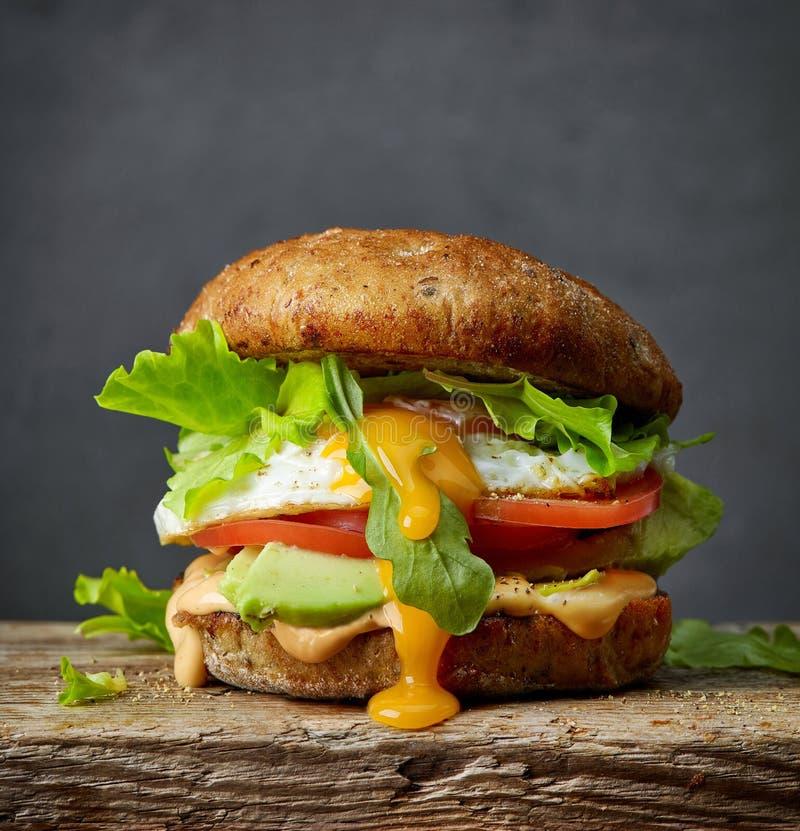 Hamburguer fresco do vegetariano imagem de stock