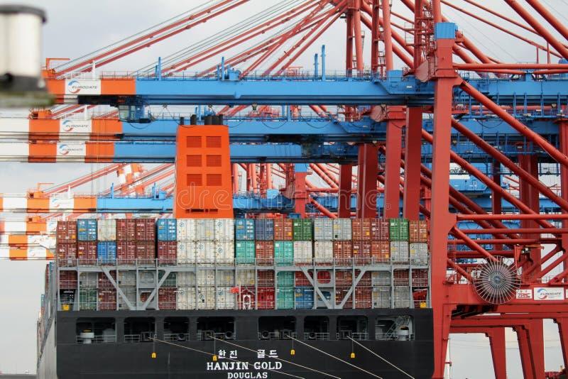 Hamburski schronienie zbiornika statek obraz stock