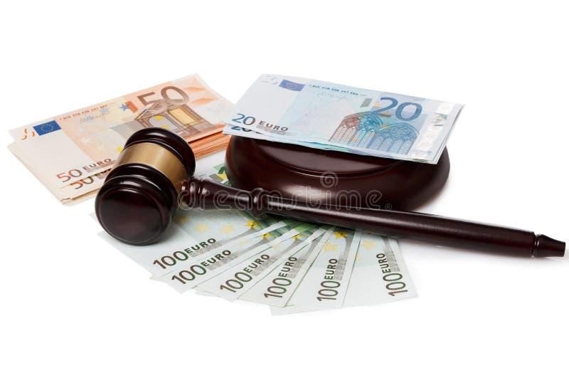 Hamer en bankbiljetten royalty-vrije stock fotografie