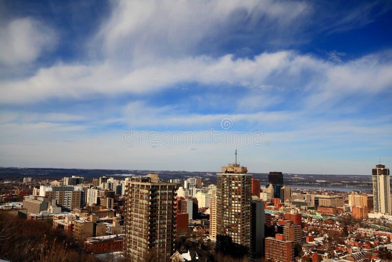 Hamilton do centro, Ontário, Canadá após o strom da neve. foto de stock