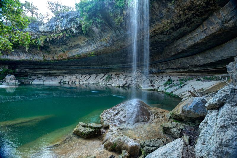 Hamilton Pool Waterfall em Austin, Texas fotografia de stock