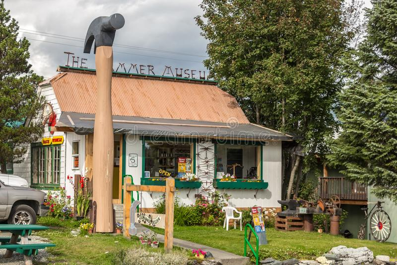 Hammaremuseet i Haines, Alaska royaltyfri bild