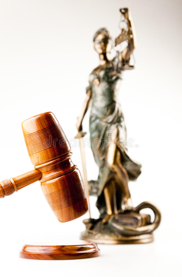 Free Hammer And God Of Law Royalty Free Stock Image - 15890826
