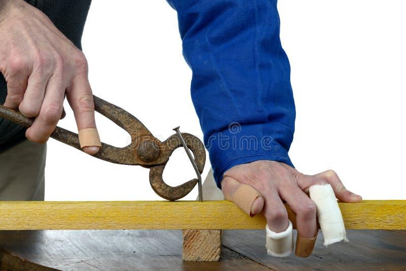 Hammer nagelt drei lizenzfreies stockfoto