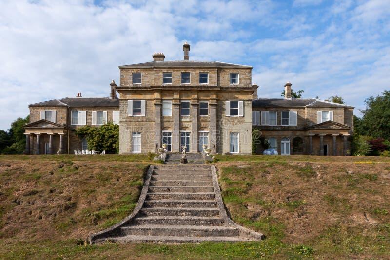 HAMMERWOOD SUSSEX/UK - JULI 23: Sikten av Hammerwood parkerar huset royaltyfri bild