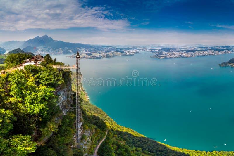 Hammetschwand winda w Alps blisko Burgenstock z widokiem Szwajcarscy Alps i Vierwaldstattersee, Szwajcaria, Europa obraz royalty free