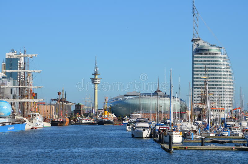 Hamn av Bremerhaven i Tyskland arkivfoton