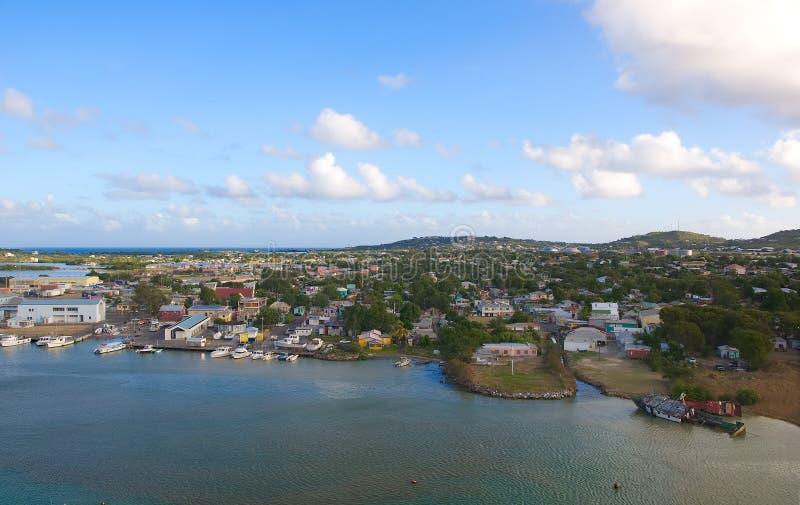 Hamn för St John ` s och strand - Antigua och Barbuda royaltyfria bilder