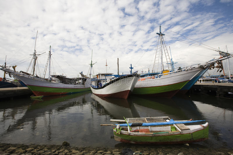 hamn makassar fotografering för bildbyråer