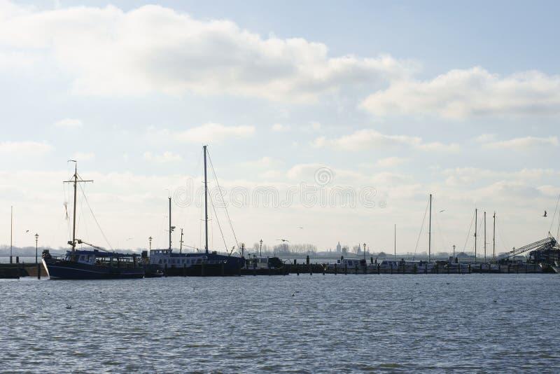 Hamn Volendam arkivbild