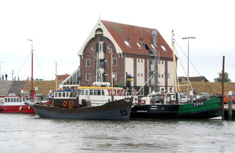 Hamnen av Texel i Oudenschild royaltyfria bilder