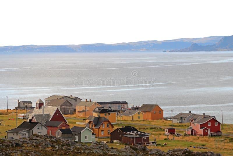 Hamningberg fiskeläge, nordliga Norge, Europa royaltyfria foton