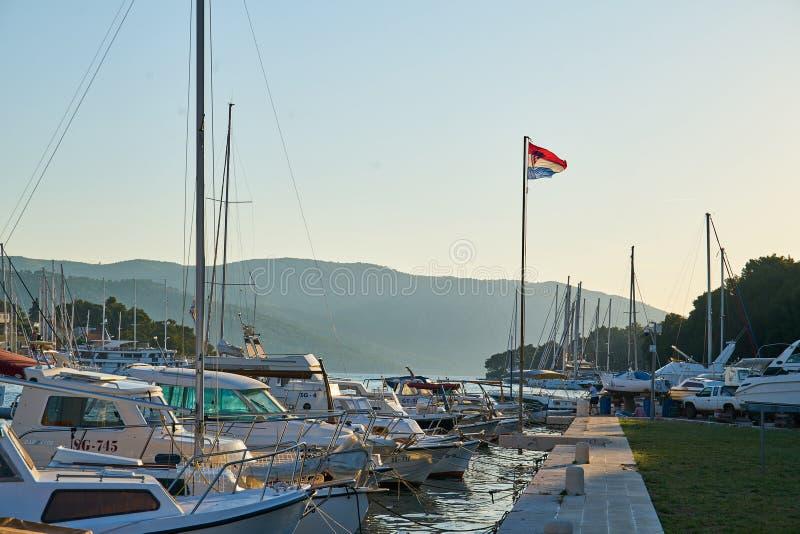 Hamnplatser från akademikra Stari, Hvar fotografering för bildbyråer
