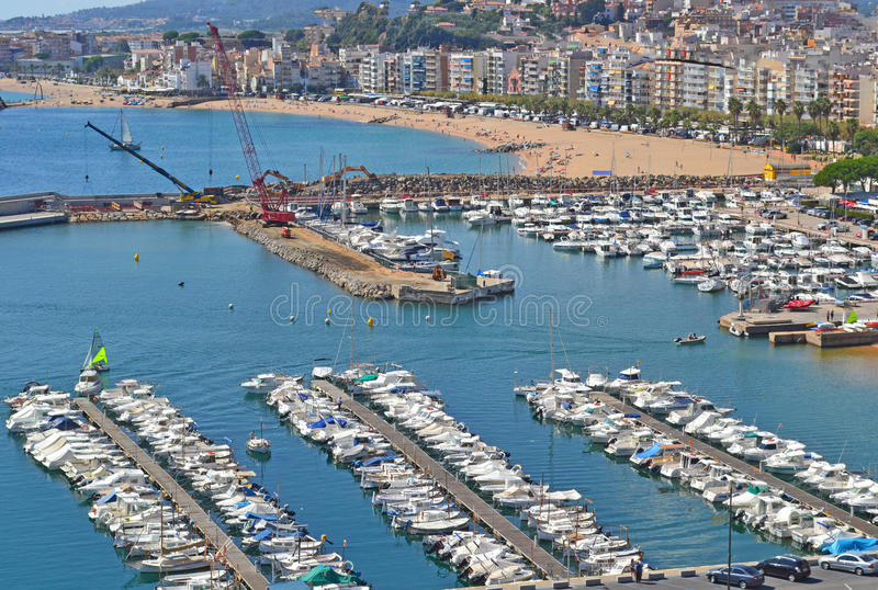 Hamnstad i Blanes Spanien arkivfoto