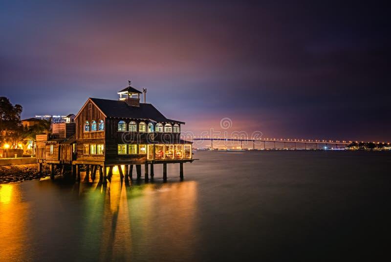 Hamnstadby i i stadens centrum San Diego fotografering för bildbyråer
