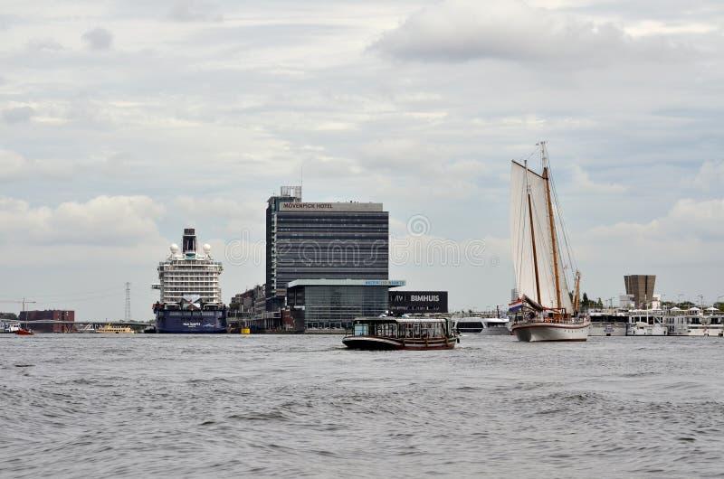 Hamnstaden av Amsterdam arkivbild