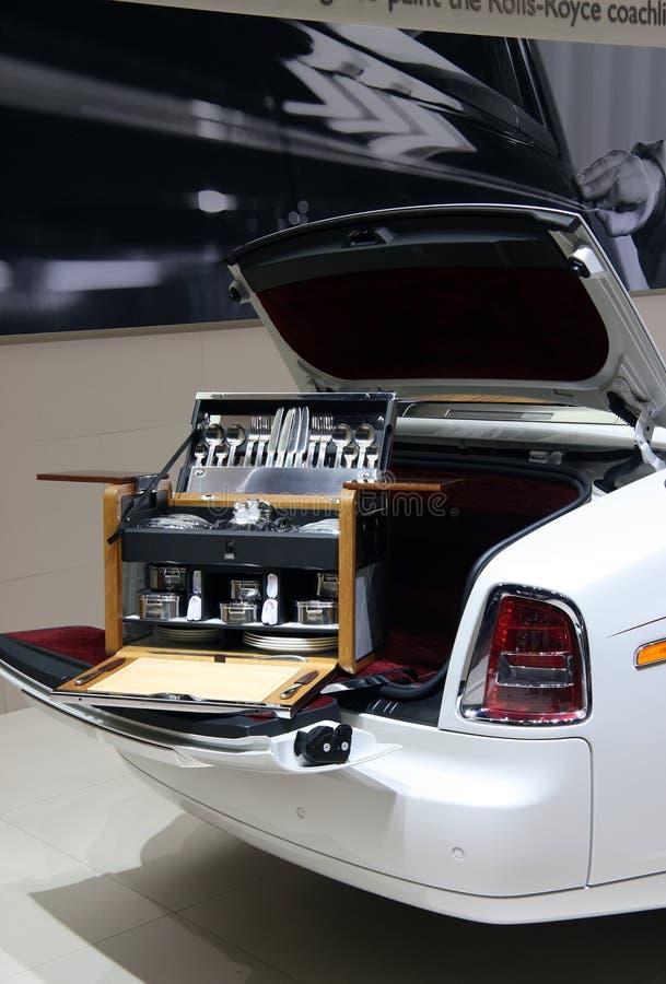 Hamper do piquenique de Rolls royce na mostra de motor de Paris fotos de stock