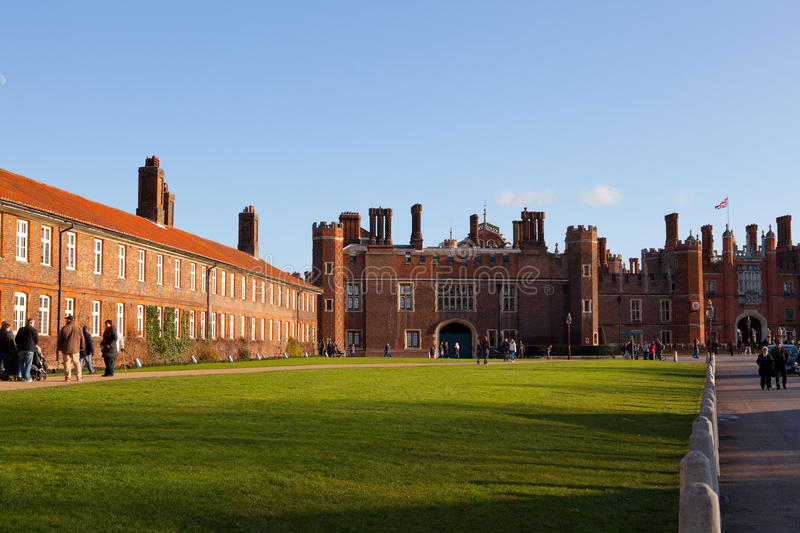 Download Hampton Court Palace editorial photography. Image of flag - 23057972