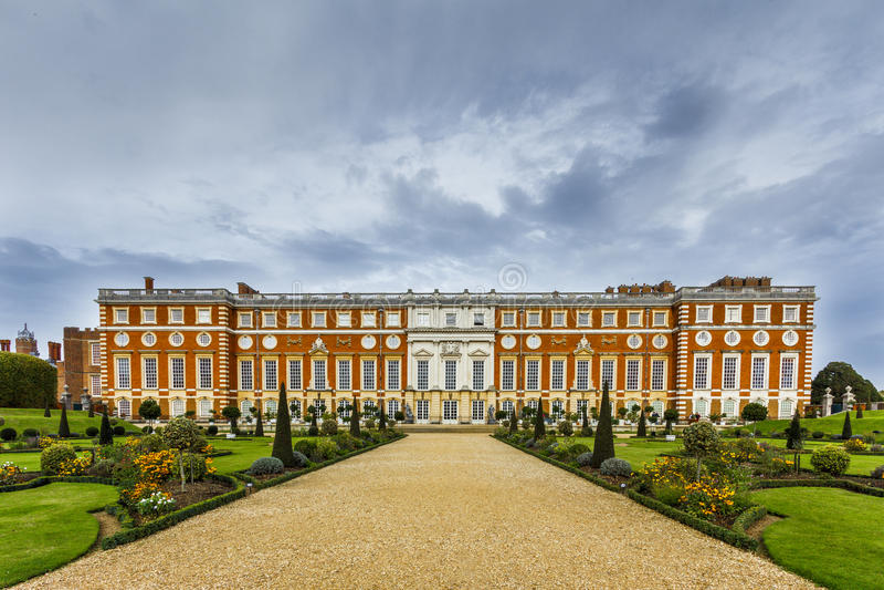 Hampton Court Palace royalty-vrije stock afbeeldingen