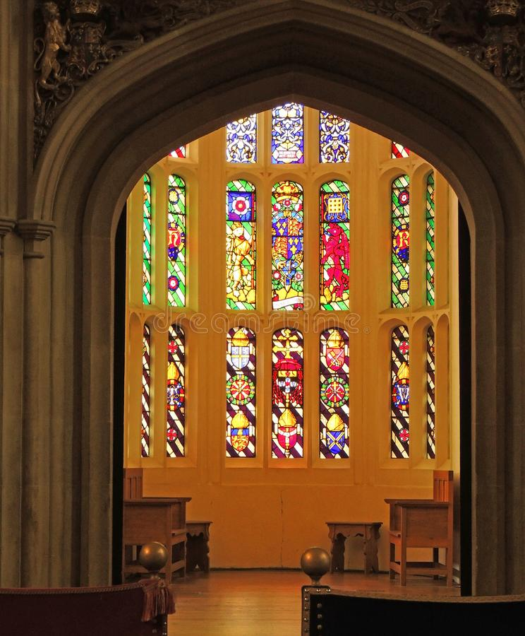 Hampton Court Palace - Buntglas-Fenster stockfotografie