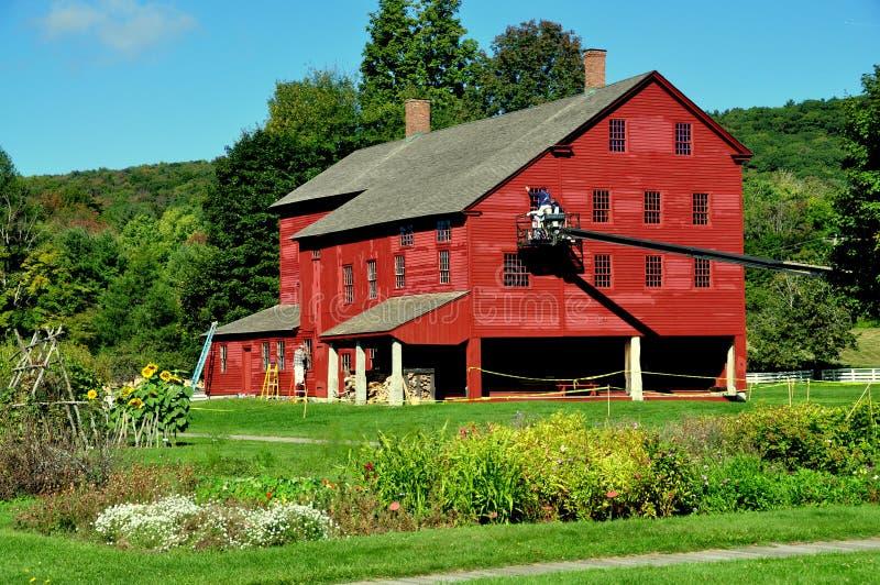 Hancock, MA: Shaker Village-Wäscherei 1790 u. Maschinenwerkstatt lizenzfreies stockfoto