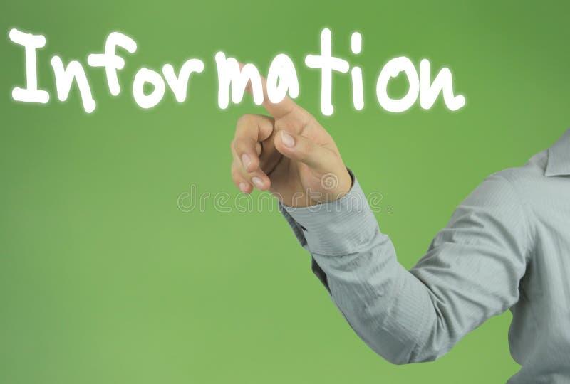 Hand des Geschäftsmannes, der auf den INFORMATIONS-Text auf gree zeigt stockfotos