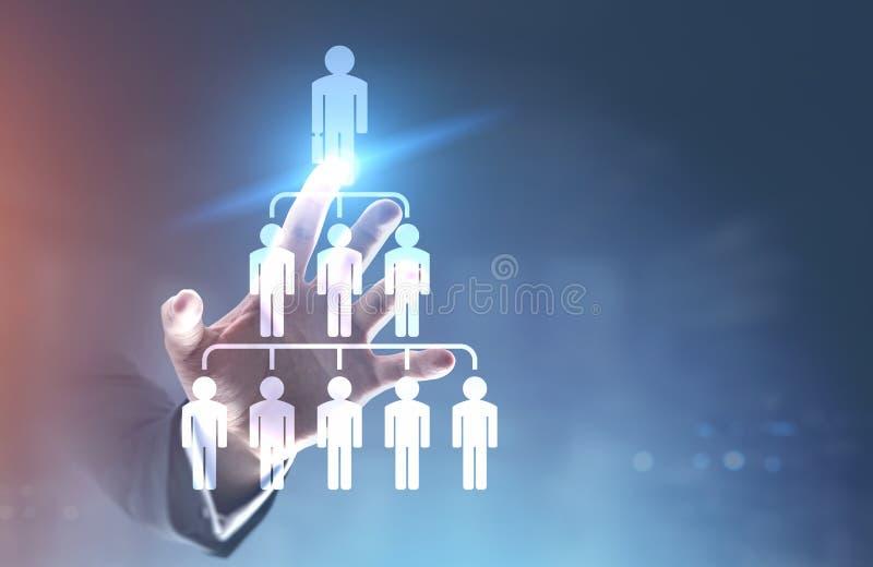 Hand des Geschäftsmannes s, Leutepyramide stockfotografie