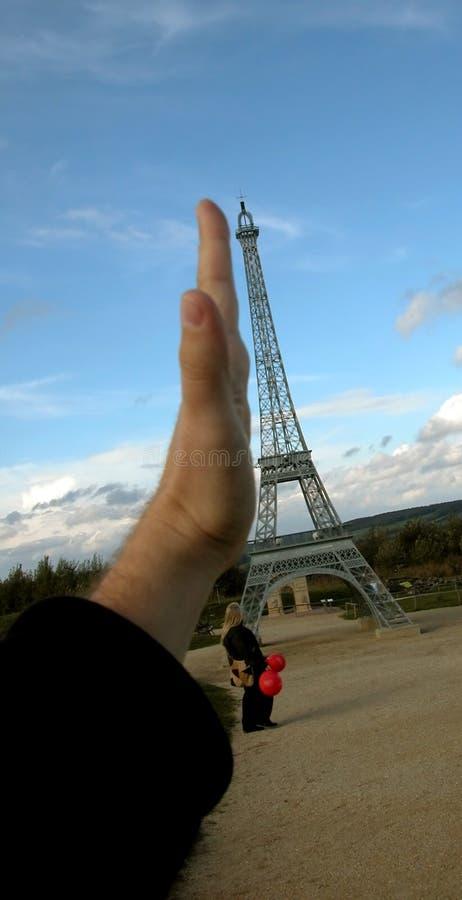 Hand die een toren proping royalty-vrije stock foto's