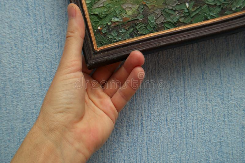 Hand, die Malerei vereinbart stockbild