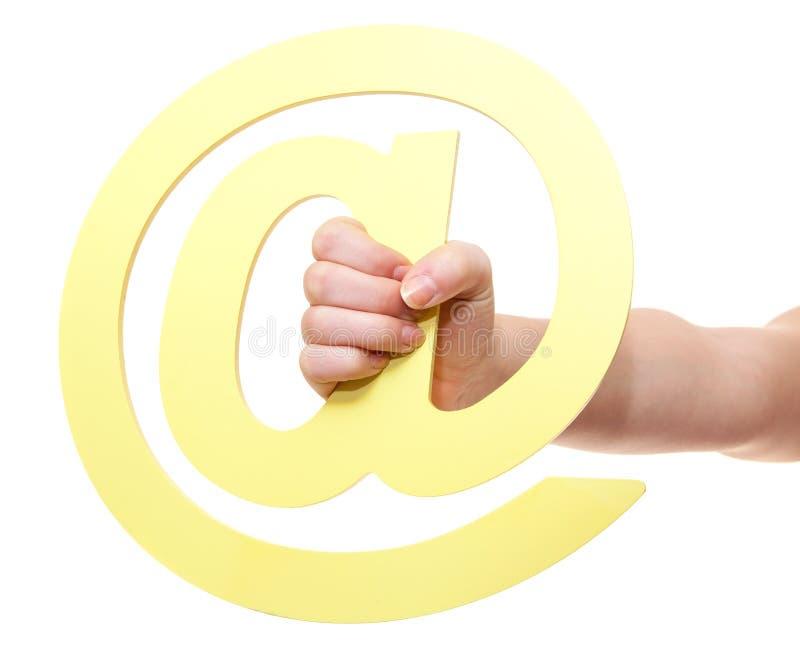 Hand, die am Zeichen hält lizenzfreie stockbilder