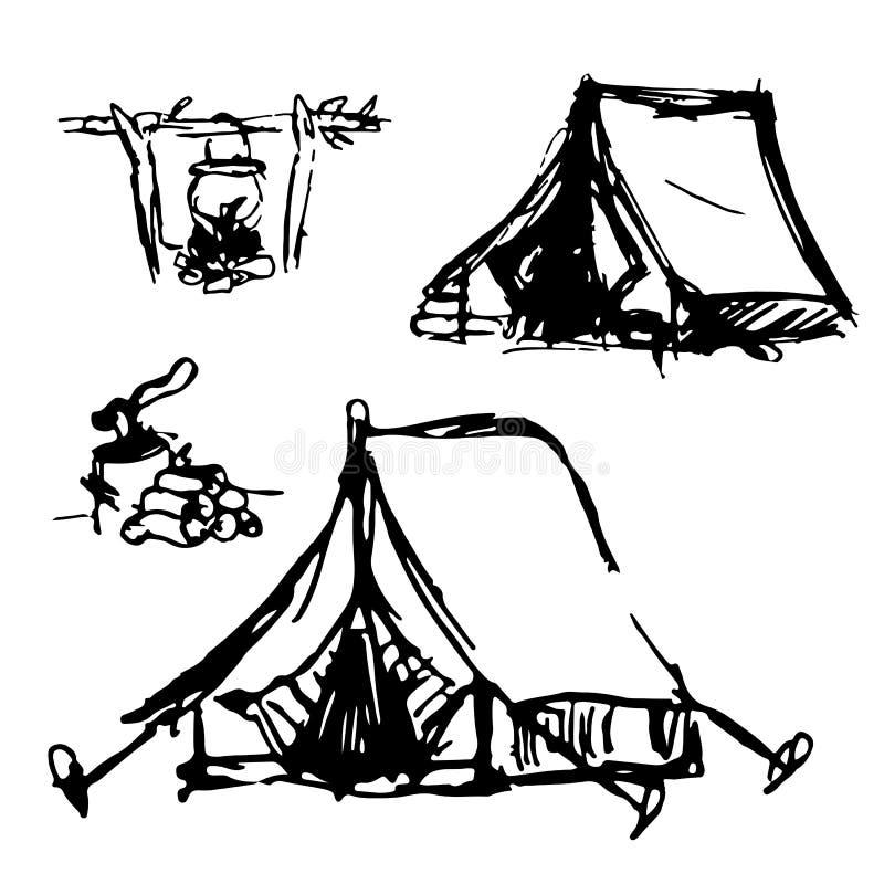 Hand-drawn tenten, evenals een vuur met een voedselpot en brandhout met een bijl royalty-vrije illustratie