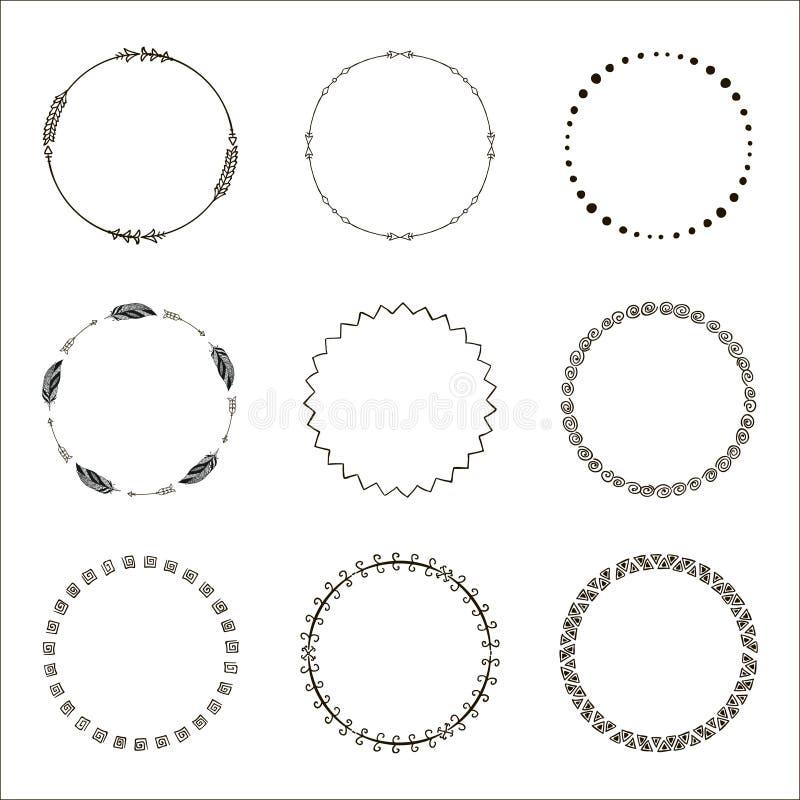Hand getrokken etnische cirkels Inktinzameling van symbolen royalty-vrije illustratie