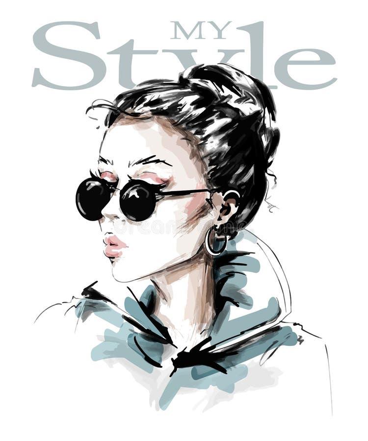 Hand getrokken mooie jonge vrouw in zonnebril Modieus meisje De maniervrouw kijkt schets vector illustratie