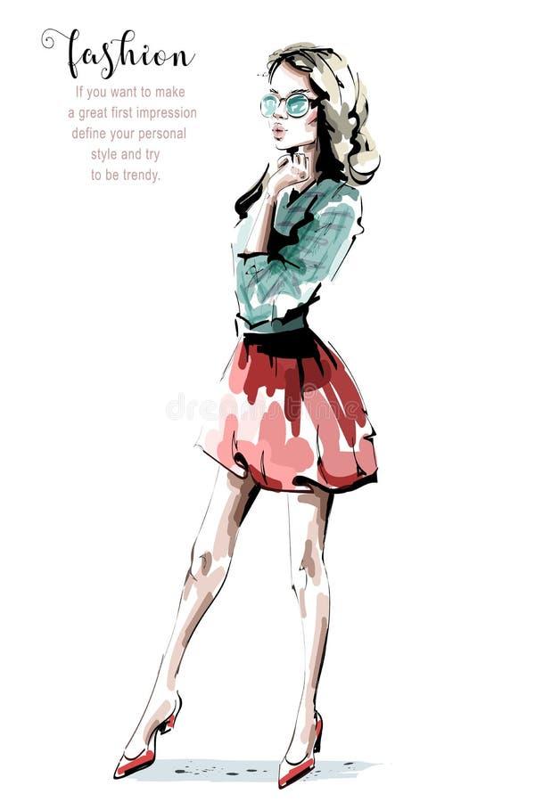 Hand getrokken mooie jonge vrouw in zonnebril Modieus meisje in rode rok De maniervrouw kijkt schets vector illustratie