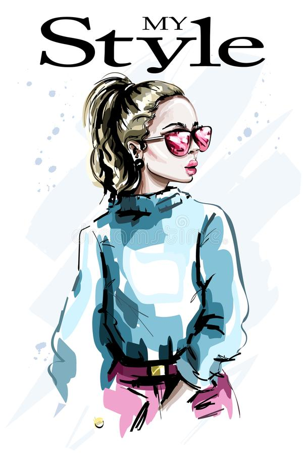 Hand gezeichnete schöne junge Frau in der Sonnenbrille Modefrauenblick Stilvolles Mädchen des recht blonden Haares stock abbildung