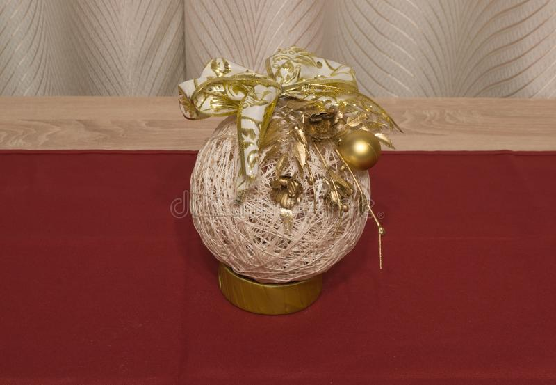 Hand - gjord julgranprydnad royaltyfri fotografi