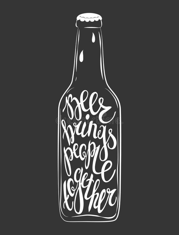 Hand het Getrokken van letters voorzien voor met fles bier royalty-vrije illustratie