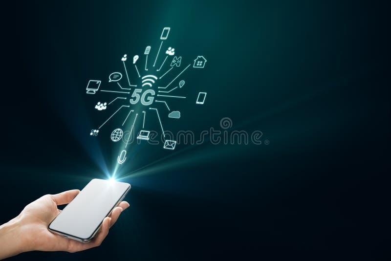 Hand met smartphone en 5G-interface stock illustratie