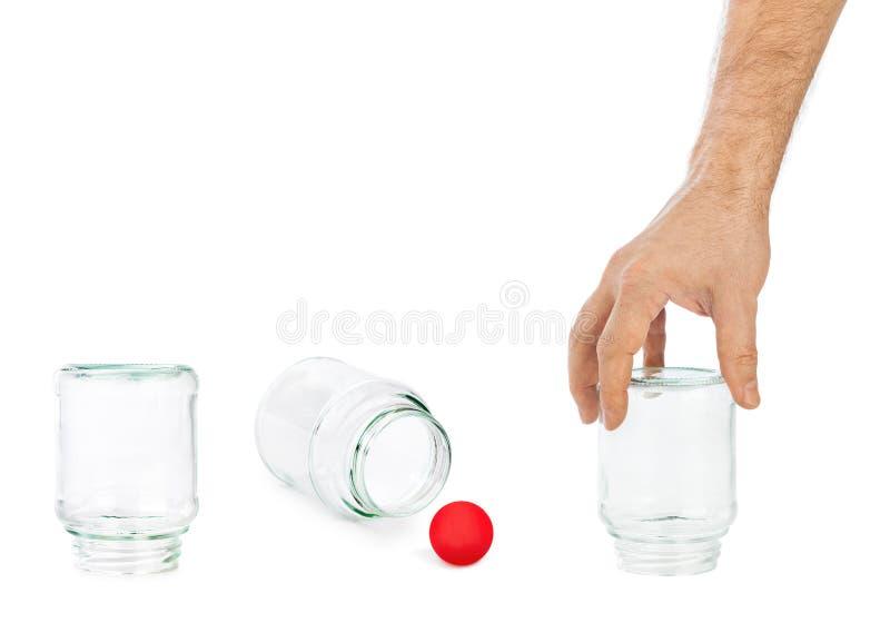 Hand och skallek med glass cans royaltyfria foton