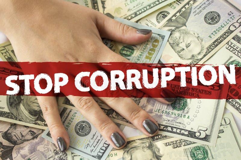 Hand på kassa Finans korruption royaltyfria foton